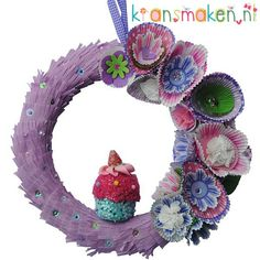 Cupcake wreath. This wreath lights up a smile on your face. Happy Birthday!!