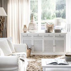 Seaside Home Decor, Home Decor Inspiration, Bench, Storage, Furniture, Propagation, Coastal, Invitation, Closet