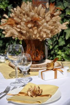 Fall Inspiration... a pretty simple centerpiece for fall using wheat!