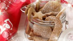 Want to try a little baking with the kids? Try SuperValu Ireland's recipe for Gingerbread Shapes! And leave one out for Santa! Ireland Food, Ginger And Cinnamon, Golden Syrup, Christmas Recipes, Gingerbread Cookies, Brown Sugar, Yummy Treats, Santa, Shapes