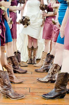 Bridesmaids in cowgirl boots