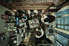 Wohnen, Metropole, Käfigmenschen, Hongkong, Unvorstellbar,, Drei, Menschen, Zimmer, Platz., Gegessen