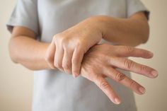 Parkinson's: Ultrasound technology may relieve symptoms - BuzzTema - All Diseases Disease Symptoms, Parkinson's Disease, Tremors Hand, Essential Tremors, Memory Problems, Central Nervous System, Sigmund Freud, Alzheimers, Fibromyalgia