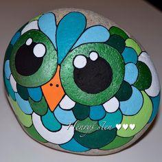 #owl #stenugle #greeneyes #blue #green #bigeyes #stoned #stenkunst #stonepainting #sten #beutiful #instagram #malpåsten #maler #panduro #posca #molotow #akryl #unipen