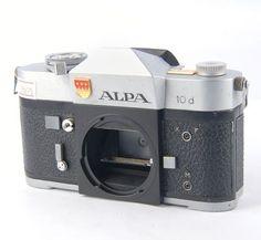 元アルパ - レフレックス-10D-35ミリメートル-SLR-クロームカメラ本体・イン・銀-75079