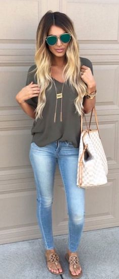 Awesome 52 Summer Outfit Ideas to Upgrade Your Look https://bellestilo.com/2964/52-summer-outfit-ideas-to-upgrade-your-look