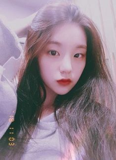 Yeji from iTZY pre-debut pic Kpop Girl Groups, Korean Girl Groups, Kpop Girls, Ulzzang Girl, New Girl, Girl Photos, Girl Crushes, Cool Girl, Girlfriends