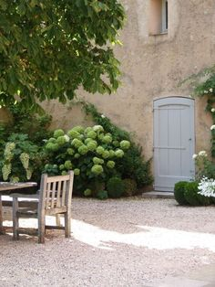 31 Beautiful French Farmhouse Style Moments {Decor Inspiration} Peaceful French farmhouse exterior with hydrangea and pea gravel courtyard on Hello Lovely Studio. My French Country Home, French Farmhouse, French Country Decorating, Farmhouse Style, Country Homes, French Country Gardens, Country Living, Farmhouse Decor, Farmhouse Interior