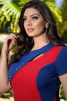 Vestido Adelina - Cassia Segeti - Plus Size Indian Actresses, Girl Crushes, Cool Photos, Queens, Curvy, Hair Beauty, Fat, Beautiful Women, Portraits