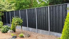 Discover recipes, home ideas, style inspiration and other ideas to try. Contemporary Garden, Fence, Home And Garden, Backyard, Outdoor Structures, Outdoor Decor, Inspiration, Home Decor, Ideas