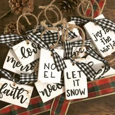 41 Breathtakingly Rustic Homemade Christmas Decorations – Holiday Crafts - To Have a Nice Day Homemade Christmas Decorations, Diy Christmas Ornaments, Christmas Projects, Holiday Crafts, Christmas Holidays, Christmas Ideas, Christmas Vacation, Buffalo Plaid Christmas Ornaments, Buffalo Check Christmas Decor