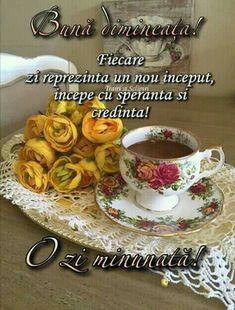 Romantic Couple Hug, Tea, Ethnic Recipes, Letters, Album, Gallery, Bom Dia, Italia, Good Morning