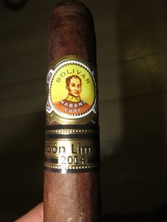 Bolivar Super Coronas Edicion Limitada 2014 (cigar review)