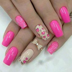 Beautiful nails 2016 Bright pink nail polish Bright pink nails Bright summer nails Dating nails Heart nail designs Love nails Manicure on the day of lovers Trendy Nail Art, Cute Nail Art, Cute Nails, Heart Nail Art, Heart Nails, Pretty Nail Designs, Best Nail Art Designs, Nail Art Design 2017, Nails Art 2016