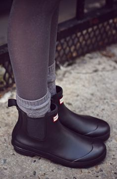 Size 8.5 Hunter 'Original' Chelsea Rain Boot