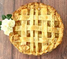Crockpot Baked Apples Recipe! {Just 6 Ingredients} - The Frugal Girls Apple Pie Recipe Easy, Best Apple Pie, Apple Pie Bars, Apple Recipes Easy, Homemade Apple Pies, Pumpkin Pie Recipes, Recipe List, Sugar Free Apple Pie, Apple Butter