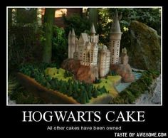 Hogwarts cake - kind of hoping Maya is still into Harry Potter when she turns 11...