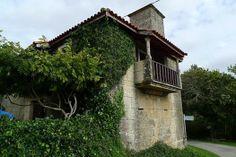 Casa tradicional no concello de Esgos (Ourense)