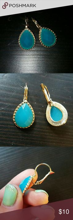 Clearout sale Blue & gold tear drop earrings Never used. Charming Charlie Jewelry Earrings