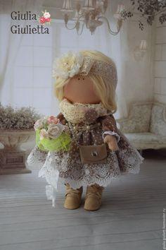 Купить Интерьерная куколка. - бежевый, трикотаж, трессы, букет цветов, ботиночки, трикотаж, вельвет, кружево