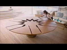 Smart furniture - Expandable Round Dining Table