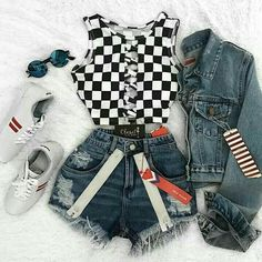 Ready for the race. Black and white checkered top Roupas do meu estilo Cute Teen Outfits, Teen Fashion Outfits, Teenager Outfits, Edgy Outfits, Cute Summer Outfits, Mode Outfits, Grunge Outfits, Outfits For Teens, Pretty Outfits
