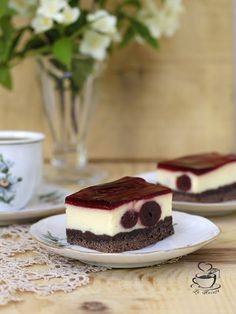 Romanian Desserts, Sweet Treats, Cheesecake, Sweets, Fruit, Food, Cakes, Sweet Pastries, Cheer Snacks