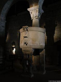 Pieve di San Pietro a Gropina Archaeology, Greek, Statue, Columns, Architecture, Design, Travel, Religious Art, Italia