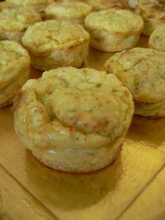 Aujourd'hui une recette spéciale placards pour improviser des p'tites bouchées apéro faites en quelques minutes ! A vous de les parfumer avec des herbes (persil, coriandre, ciboulette),…