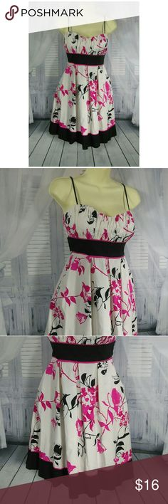 Speechless Sunny Floral Dress Adjustable spaghetti straps lined cups tie back sash Speechless Dresses Midi