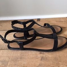 5a3f33ac92e49 Uk size 3 4 womens clarks risi hop black leather strappy sandals flats