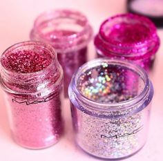 Image about girl in make up 💄 by Ivana on We Heart It image de fille Glitter Make Up, Pink Glitter, Glitter Glue, Glitter Vinyl, Eye Makeup, Beauty Makeup, All Things Beauty, Girly Things, Simple Eyeliner