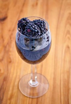 Produce light and fruity blackberry wine with these great wine kits. Great wine that you can drink all year round. Weird Fruit, Wine Kits, Blackberry Wine, Barolo Wine, Homemade Wine, California Wine, Wine Fridge, Wine Making, Yummy Drinks