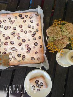 iKarkulka: Tvarohový koláč s ostružinami