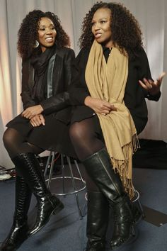 Swati Dlamini and Zaziwe Dlamini-Manaway are daughters of South African President Nelson Mandela and his second wife Winnie.They are featured in a reality show, Being Mandela. Women In History, Black History, My Black Is Beautiful, Beautiful People, Nelson Mandela Family, Winnie Mandela, New Africa, South Africa, Black Royalty