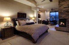 Dormitorio rustico con hogar a leña aaaaaaaah lo amo