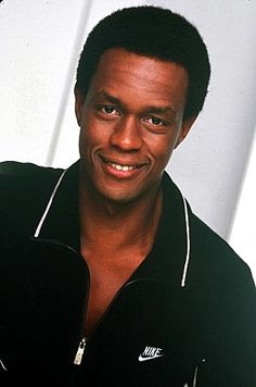 """Kevin Peter Hall (1955 - 1991) Played Harry (the bigfoot) in the movie and the TV series """"Harry and the Hendersons"""", also appeared in """"Misfits of Science"""" and """"Predator"""""""