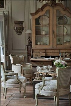 40 Beauty French Country Living Room Decor and Design Ideas - Page 30 of 40