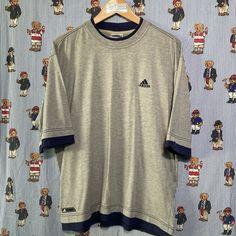 Grey Adidas T Shirt (L) Vintage Sportswear, Helly Hansen, Fred Perry, Adidas Logo, Tommy Hilfiger, Calvin Klein, Street Wear, Grey, Mens Tops