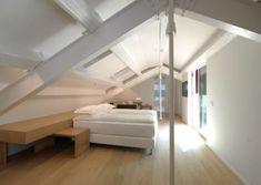 Una suite leggera, luminosa ed elegante. Un'estetica semplice e pulita, ma di alto livello, che punta ad un comfort dal minimalismo raffinato. Design Hotel, Bologna, Bunk Beds, Comfort, Interior Design, Furniture, Home Decor, Minimalism, Elegant
