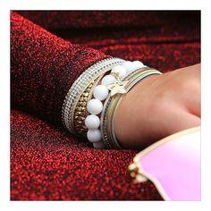 Modny brokat i cekiny nosimy teraz nie tylko na wieczór. #trend #trendsetter #bydziubeka #jewellery #polishgirl #instadaily #beautiful #jewelry #bijoux #new #photo #polskadziewczyna #biżuteria #classy #chic #fabulous #style #stylish #bracelet #zestawy #moda #hot