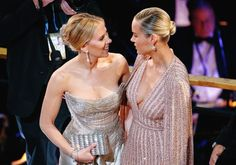 """Scarlett Johansson with Brie Larson at the Oscars Brie Larson, Oscars, Scarlett Johansson, Best Costume Design, Back Up, Peinados Pin Up, Avengers Cast, Marvel Avengers, Florence Pugh"