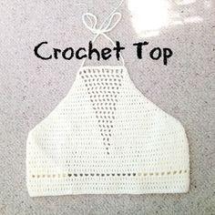 Crochet Tutorial Ideas crochet top tutorial with triangle detailing hook 100 acrylic yarn hope you like it :) - Top Crop Tejido En Crochet, Diy Crochet Top, Crochet Summer Tops, Black Crochet Dress, Crochet Halter Tops, Crochet Bikini Top, Diy Crochet Clothes, Crochet Fringe, Crochet Tunic