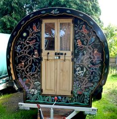 Gregs Gypsy Bowtops specialise in hiring beautiful handmade and hand painted gypsy caravans for weddings and festivals. bringing the magic to your event. Gypsy Trailer, Gypsy Caravan, Gypsy Wagon, Gypsy Living, Tiny Living, Halloween Circus, Painting Shutters, Gypsy Home, Vintage Gypsy