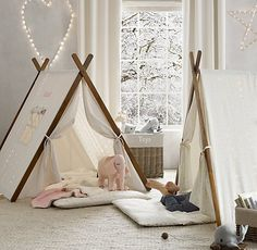 Starry Light Wall Décor Star tents play room or bedroom awesome