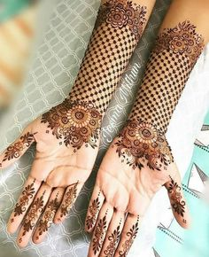 Explore latest Mehndi Designs images in 2019 on Happy Shappy. Mehendi design is also known as the heena design or henna patterns worldwide. We are here with the best mehndi designs images from worldwide. Henna Hand Designs, Dulhan Mehndi Designs, Stylish Mehndi Designs, Mehndi Designs For Beginners, New Bridal Mehndi Designs, Mehndi Design Images, Beautiful Mehndi Design, Latest Mehndi Designs, Henna Mehndi