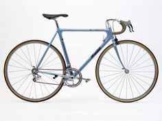Cinelli Laser Fanini    The Laser concept was sufficient to win the 1991 Compasso d'Oro, an Italian industrial design award and a fitting accolade for the Cinelli business, which has provided a major contribution to bicycle design