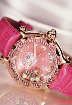 Elegant ladies watch in pink color with diamond. We can't ask you more ... isn't girls ?