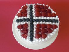 Chocolate cake with the Norwegian flag
