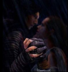 Star Wars Reylo Pics - 4 - Wattpad Kylo Ren, has now been deemed a traitor by the first order, and is running for his life. What will happen when Rey and. Star Wars Kylo Ren, Schultüte Star Wars, Lego Star Wars Minifiguren, Amour Star Wars, Star Wars Fan Art, Star Wars Ships, Star Wars Gifts, Lego Ninjago, Minifigures Lego